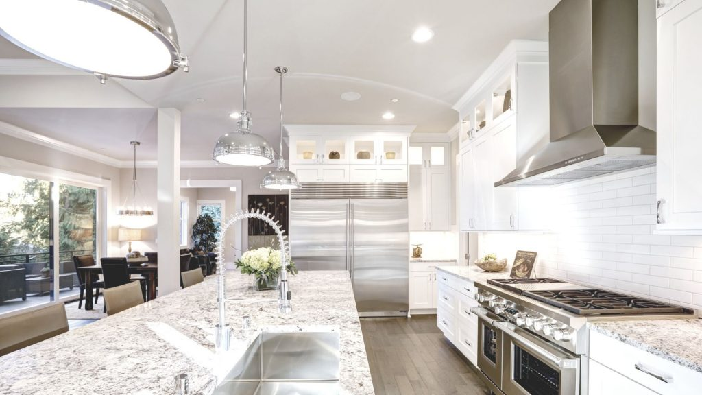 how-to-space-your-kitchen-island-pendant-lighting-7