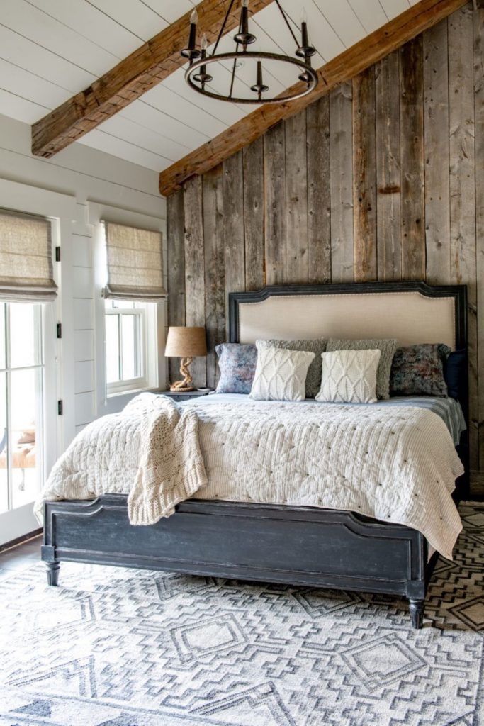 Rustic Look: Reclaimed Wood